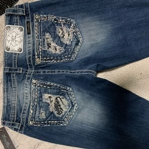 Miss Me Jeans Size 29 but can fit 28